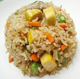 ข้าวผัดเจ (Vegetable Fried Rice)