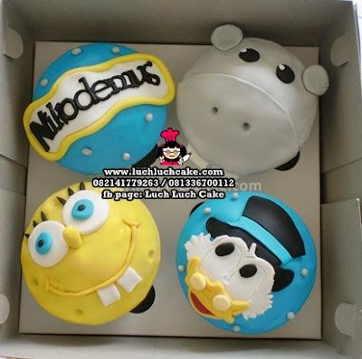 Cupcake 2D Fondant Paman Gober