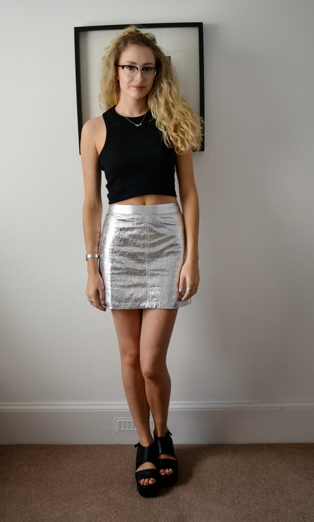 fine silver leather skirt outfit 8