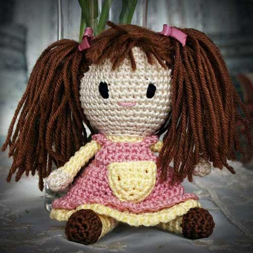 Free Amigurumi Patterns In English : 2000 Free Amigurumi Patterns: Bambola amigurumi con codini ...