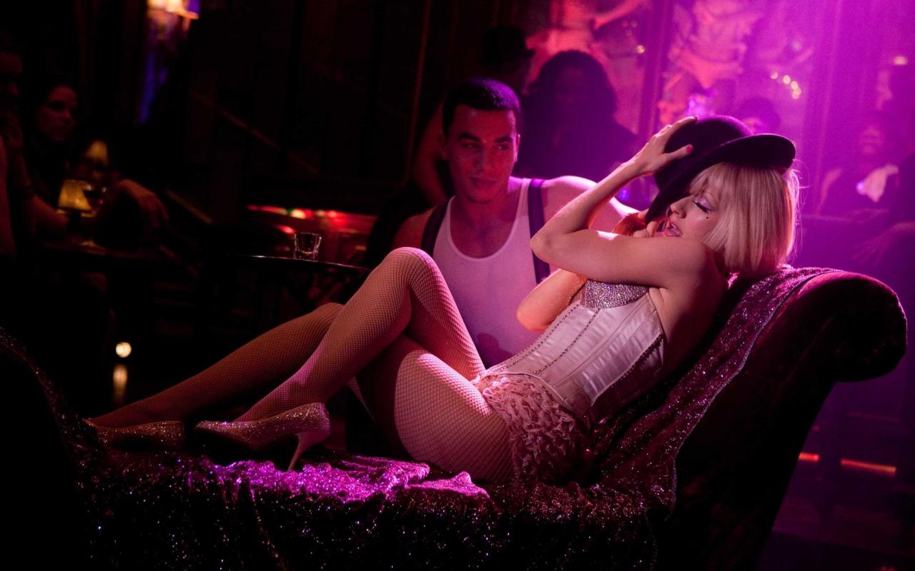 http://1.bp.blogspot.com/-7Rd7oHBvB30/TcaLPzIBgGI/AAAAAAAAAc0/YTABHoJ0yxQ/s1600/christina_aguilera_in_burlesque-1280x800.jpg