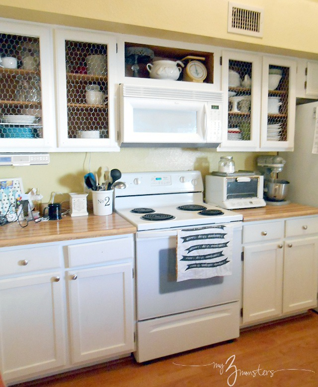 Diy Kitchen Cabinet Makeover, Kitchen Cabinet Makeover, White Kitchen  Cabinets, Chicken Wire Kitchen