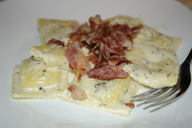 Cheesy Ravioli Carbonara