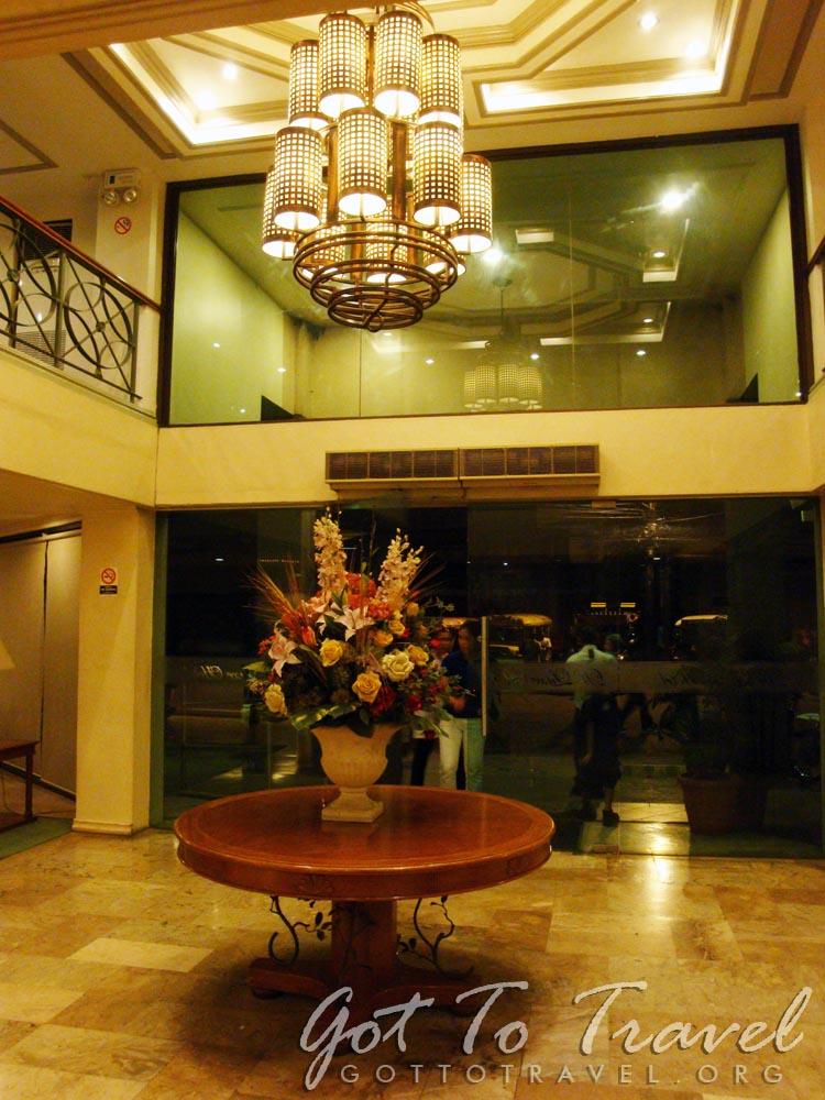 De luxe hotel cagayan de oro got to travel for Hotel de luxe