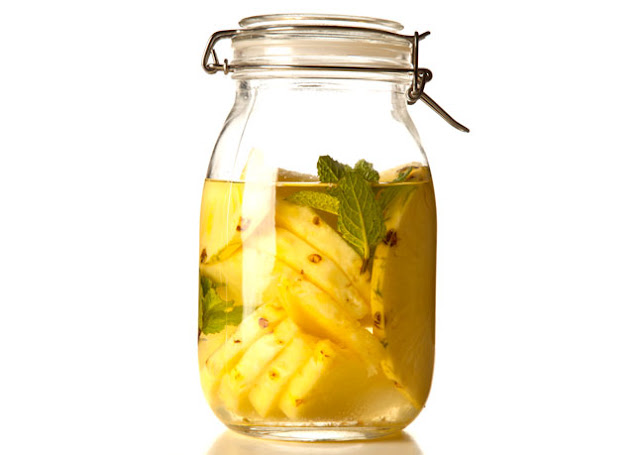 How To Make Pineapple Water And What Are The Benefits Of Drinking It On An Empty Stomach?
