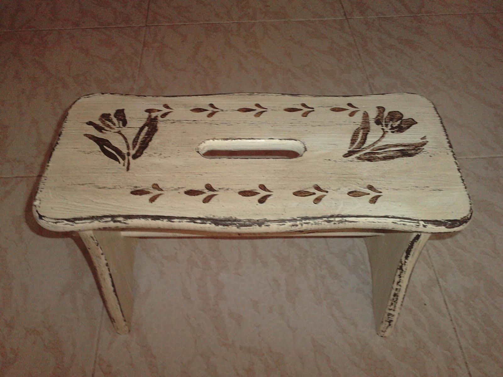 Artesania mydina banqueta de madera restaurada y bolso for Banquetas de madera