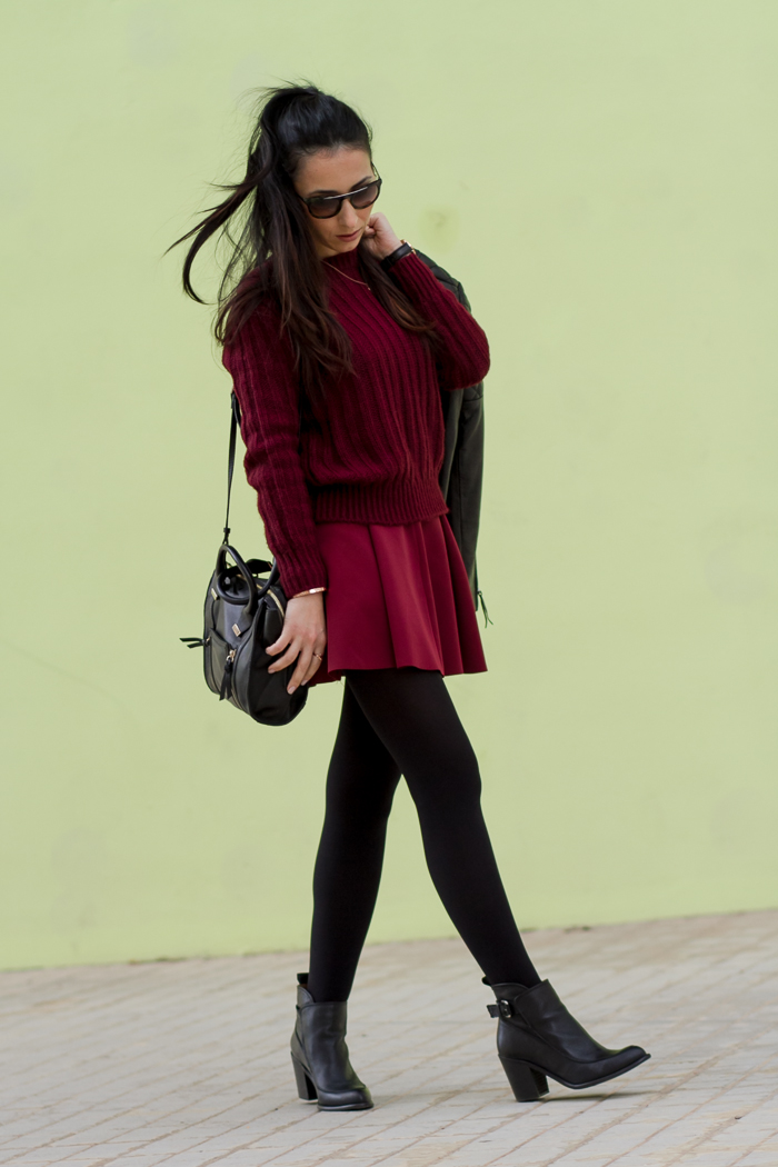 Total Oxblood color Outfit with sweater neoprene mini skirt and ORI opaque tights Fashion Blogger withorwithoutshoes