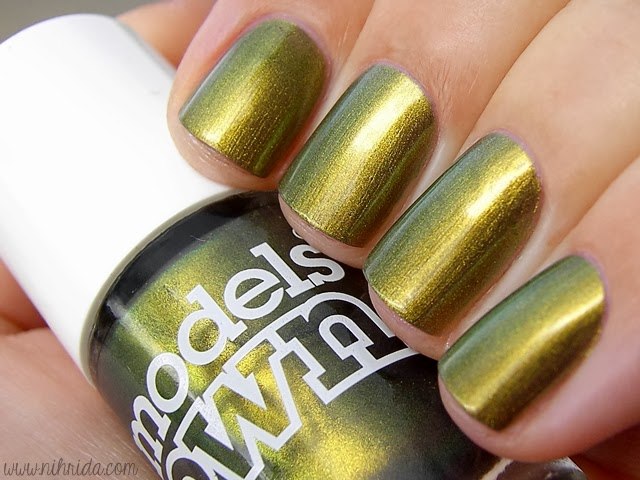 Models Own Beetlejuice Collection - Golden Green