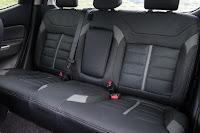 Mitsubishi L200 Series 5 Crew Cab (2016) Rear Seats