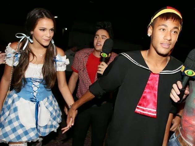 ALL SPORTS PLAYERS: Neymar Jr Girlfriend Bruna Marquezine 2014