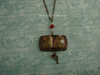 libro alchemico