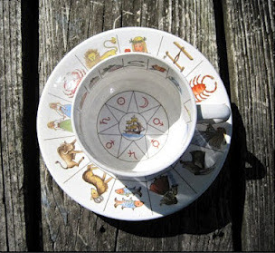 http://keeponthesunnyside.com/blog/2011/11/16/taltos-fortune-teller-tea-cup/