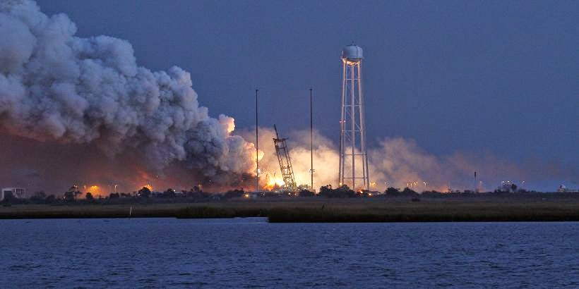 Antares rocket launch failure on Oct. 28, 2014. Credit: NASA/Orbital