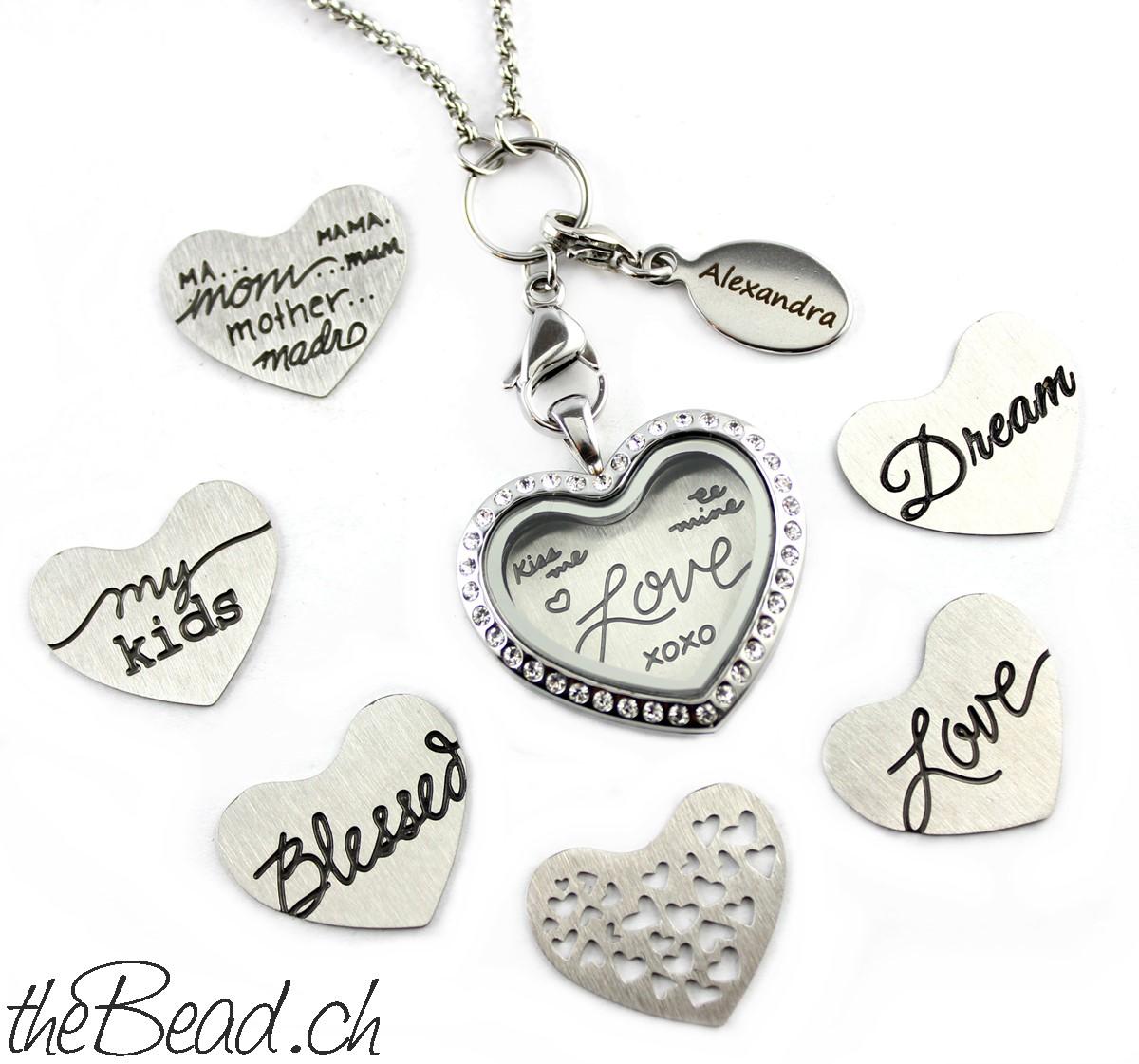 Medaillon und Einleger Halskette Glas und Edelstahl Geschenkidee für Frauen