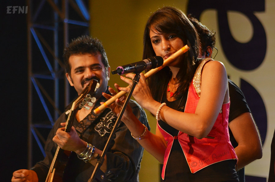 Ehsaan Noorani and Rasika Chandrashekhar at Idea Rocks India, Bangalore (photo - Jim Ankan Deka)
