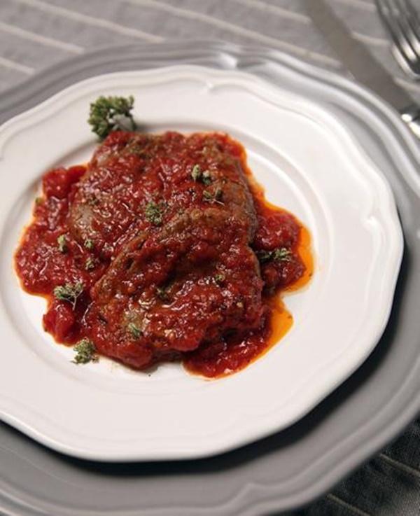 La Carne Alla Pizzaiola Con Salsa All'origano