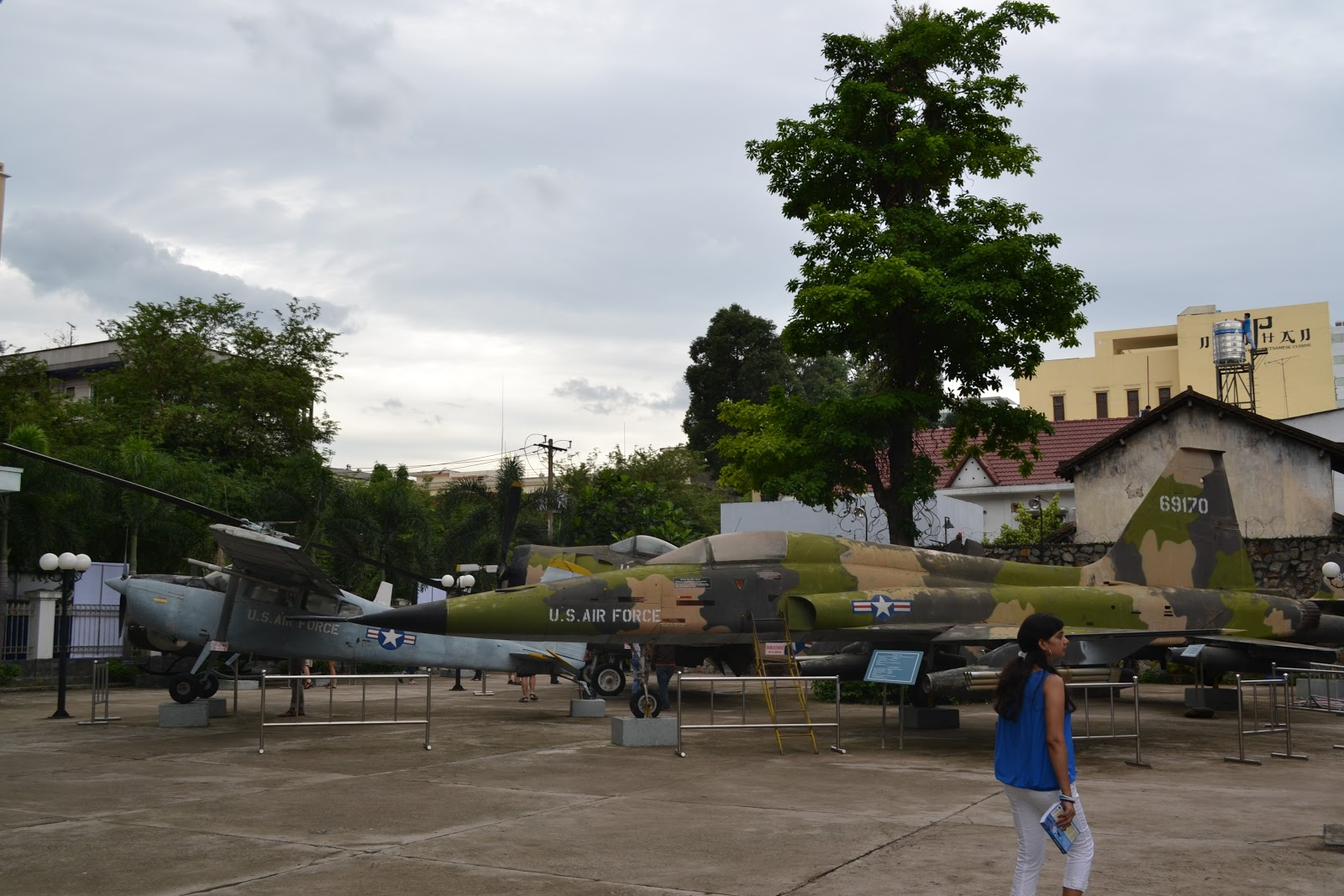 Fighter planes infront of War Remnants Museum