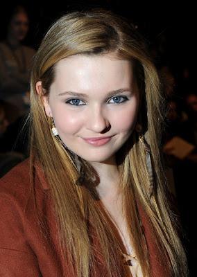 Abigail Breslin Haircut 2012