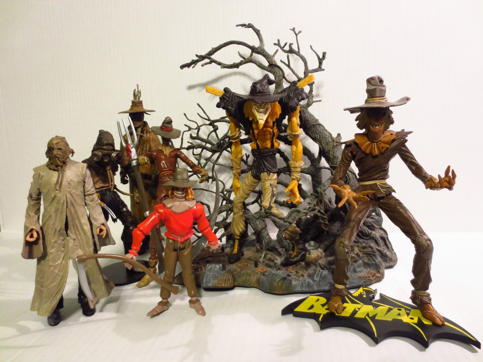 Action Figure Review 90s Edition Twister Strike Scarecrow From Legends Of The Dark Knight By Kenner Confirmed Great