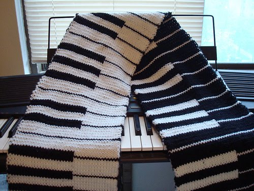 Knitting Pattern Piano Keyboard : The Knitting Needle and the Damage Done: Elegy to a Piano Scarf
