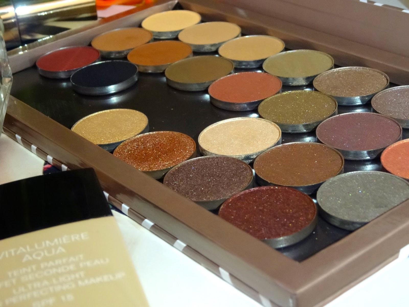 Anatasia Beverly Hills contour kit, Makeup Geek, Chanel vitalumiere aqua, nars lip pencil, l'oreal, Jo Malone