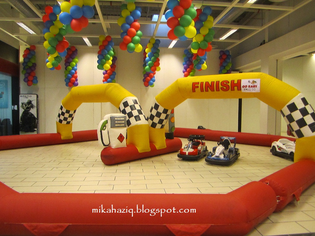 Mikahaziq indoor playground for kids at ikano power centre for Best indoor playground for toddlers