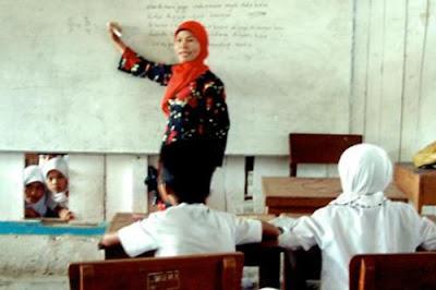 Pemerintah Siapkan Anggaran Rp 80 Triliun untuk Guru