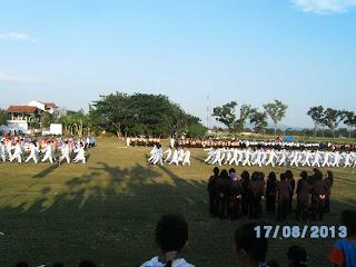 Upacara bendera HUT Kemerdekaan RI 2013