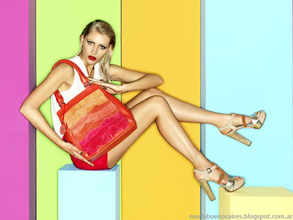 Moda Argentina carteras y zapatos de la colección Carla Danelli primavera verano 2015.