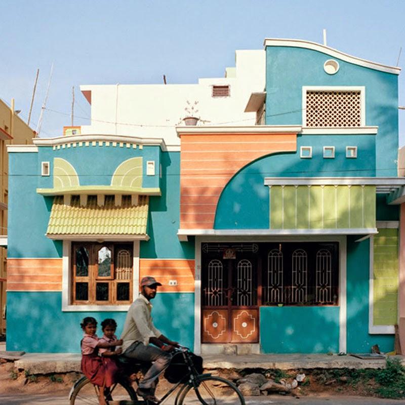casas de colores en la ciudad Tiruvannamalai