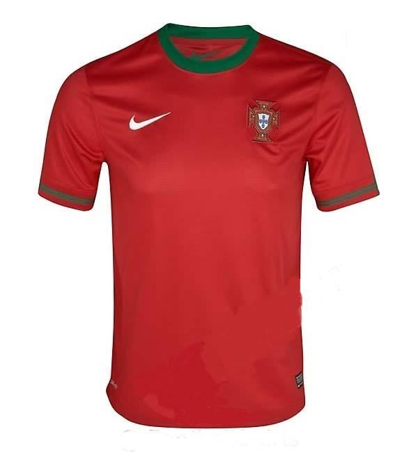 [Imagen: camiseta-portugal-euro-2012-2013.jpg]