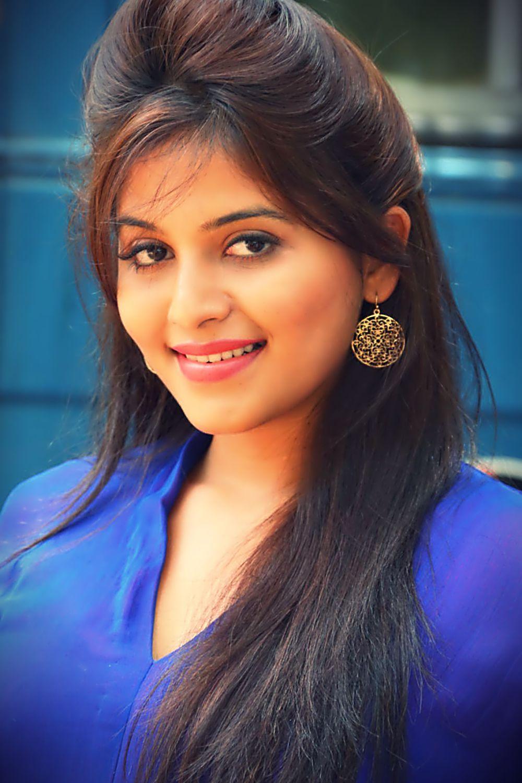 "close look of ""anjali"" hot beauty in blue!! anarkali dress!! | top"