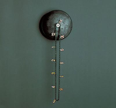 Reloj con diseño inusual