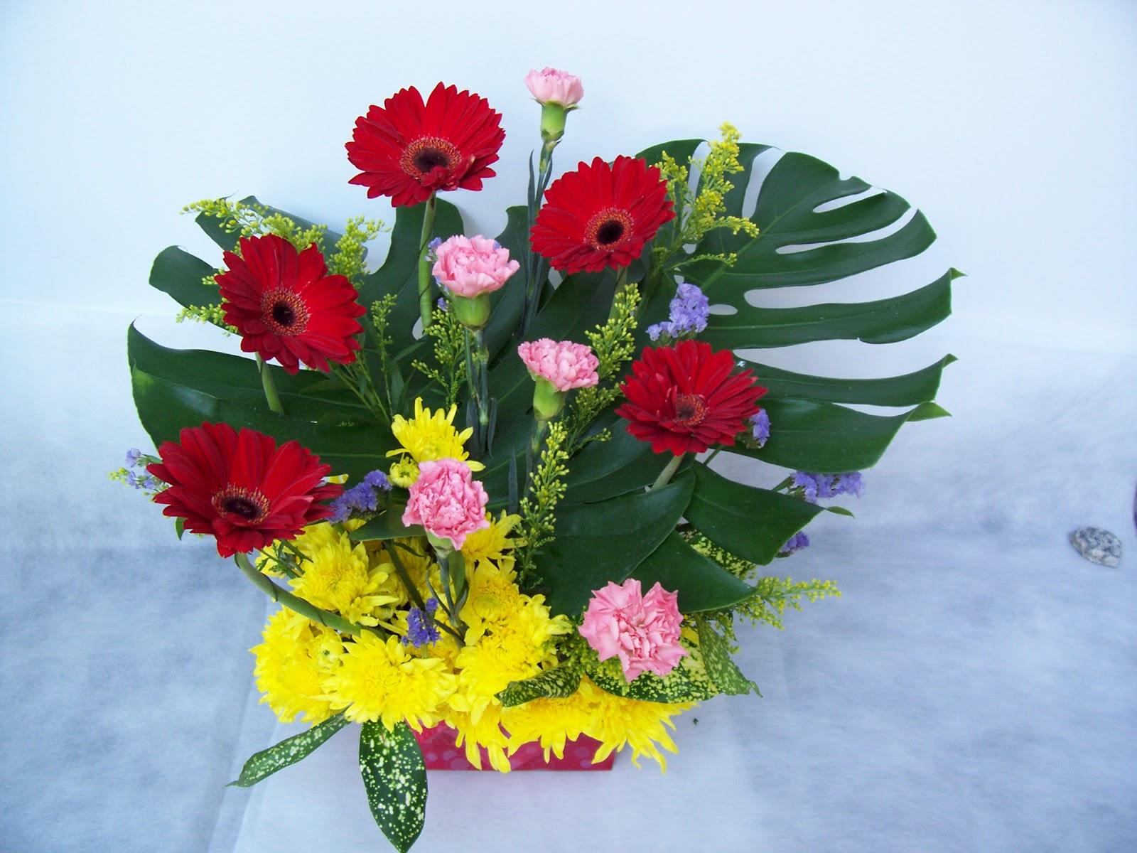 Flower Arrangements Gift Baskets : E flower gift basket arrangement