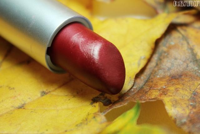 top-3-herbst-lippenstifte-alverde-cranberry