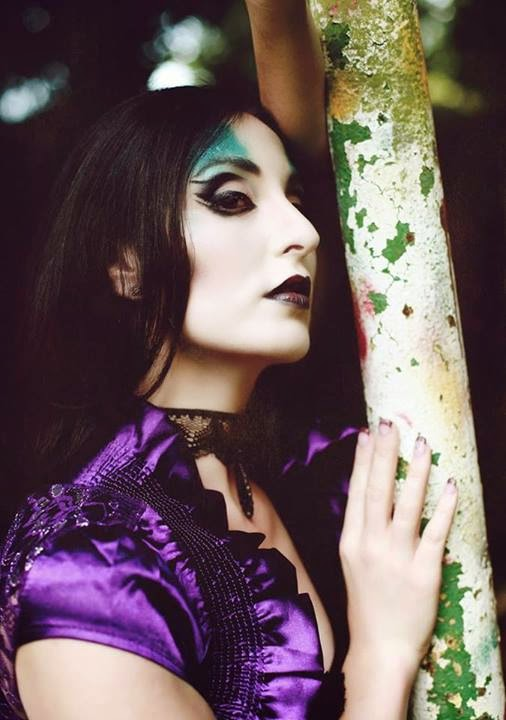 Gothic Beauty: 15% Off Sale!
