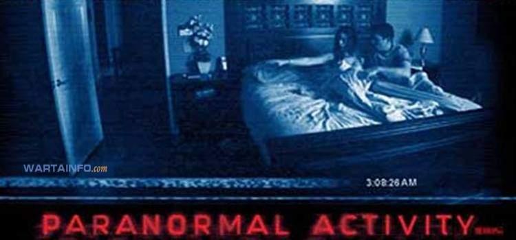 poster Paranormal Activity 2007 Film Horor terseram terbaik paling menegangkan