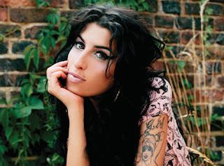 >News // Les Résultats De L'Autopsie De Amy Winehouse Ont Été Révélés…
