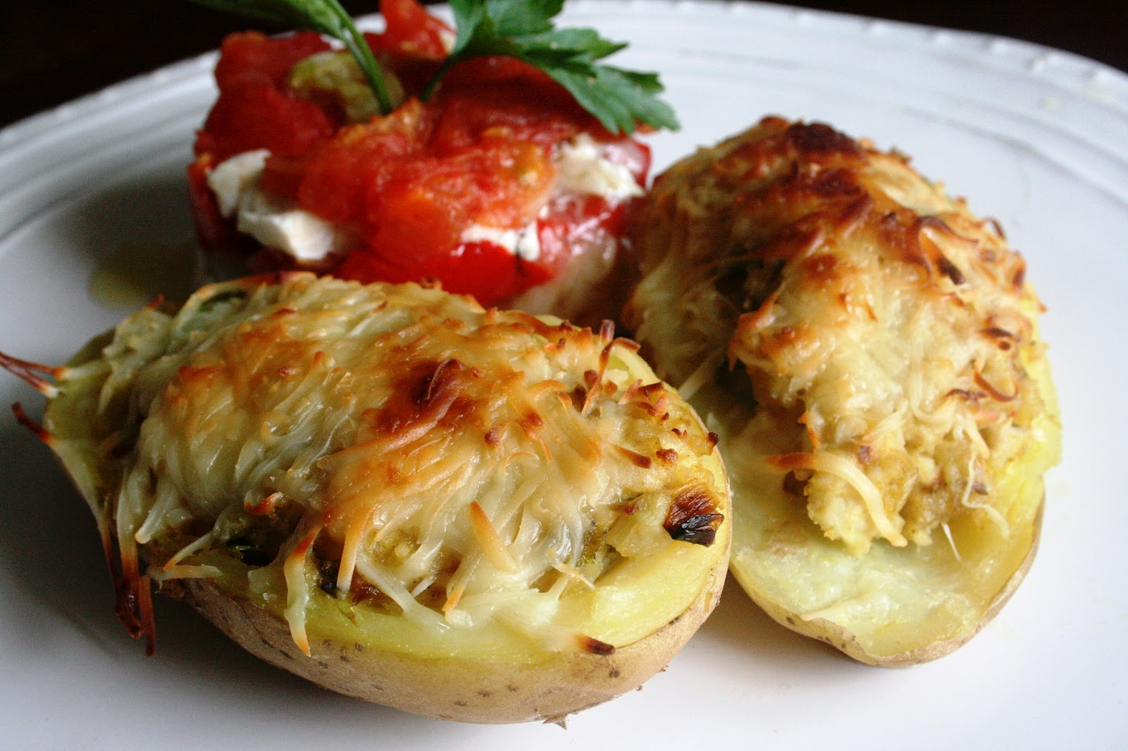 Aprendiendo a cocinar patatas rellenas acompa adas de un for Cocinar patatas rellenas