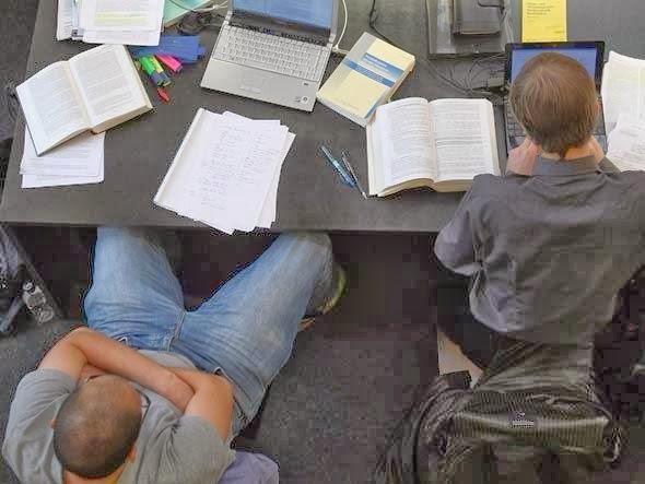 http://adeilton9599.blogspot.com.br/2014/02/16-sites-para-estudar-de-graca-para.html