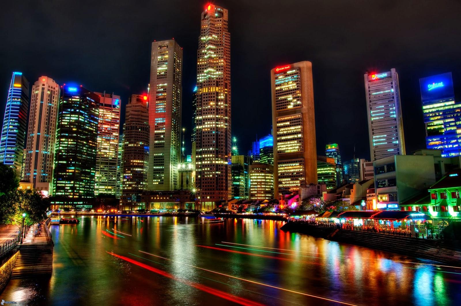 La ciudad de Singapur de noche