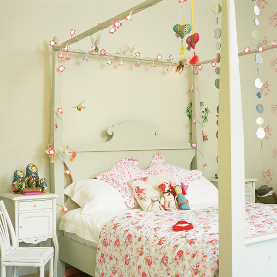 Birdcage decoration ideas make your own chandelier and for Birdcage bedroom ideas