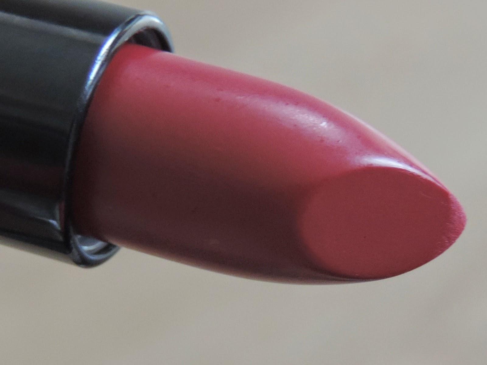 Rimmel Kate Moss Matte Lipstick in 107
