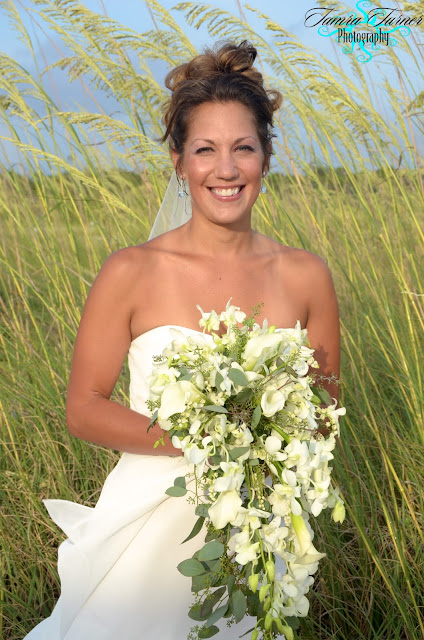 beach wedding packages that include bridal bouquets in Panama City Beach