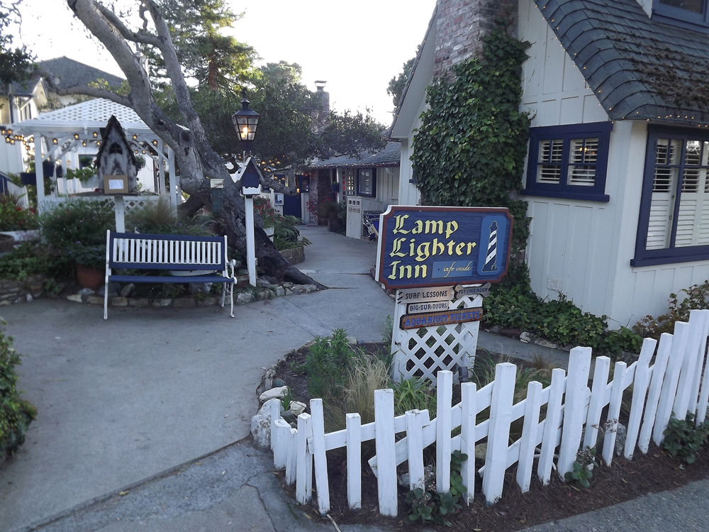 Caramel inn and cottages for Lamplighter carmel
