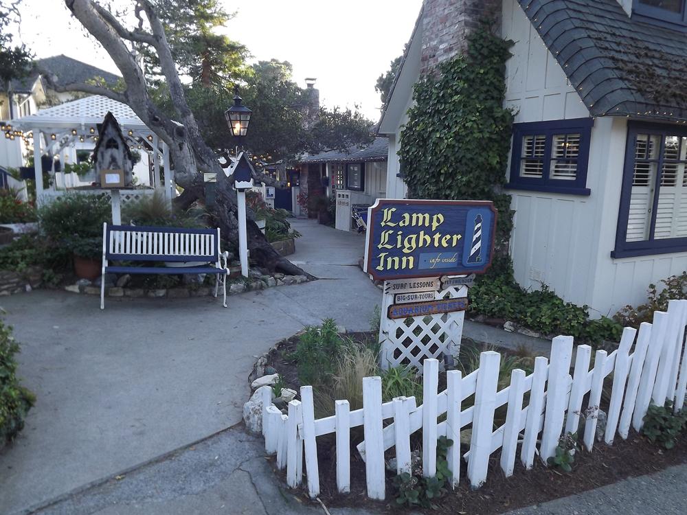 Caramel inn and cottages for Lamplighter carmel