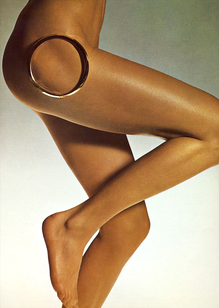 via fashioned by love | ogue Italia June 1971 (photography: Alberto Rizzo)