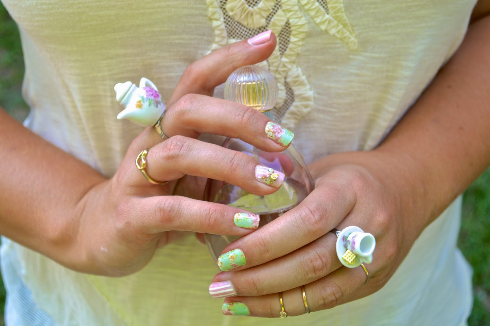 Patti Cake: Tea Cup Saucer Nails