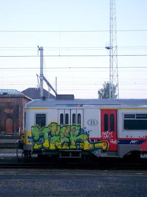 """=""""graffiti"""