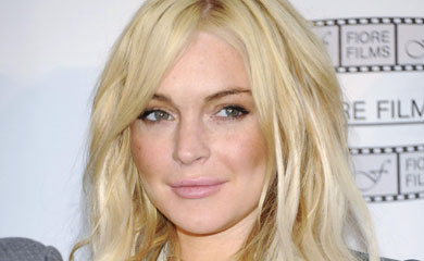 Lindsay Lohan Starts House Arrest Sentence In Necklace-Theft Case